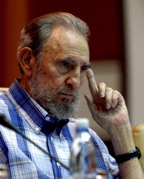 Fidel en el Palacio de Convenciones. Foto: Ismael Francisco/Cubadebate.