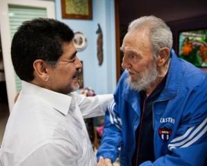 Fidel y Maradona durante un encuentro en La Habana en el 2013
