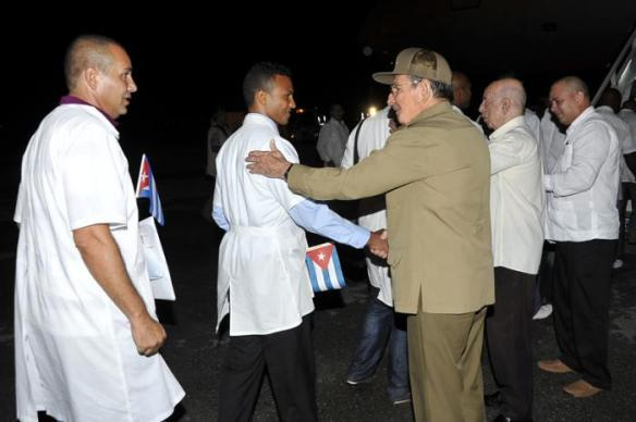 raul bids farewell tomedical brigade heading for sierra leone