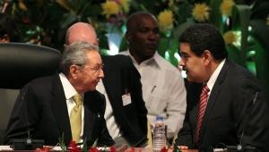 Maduro y Raul ALBA 10