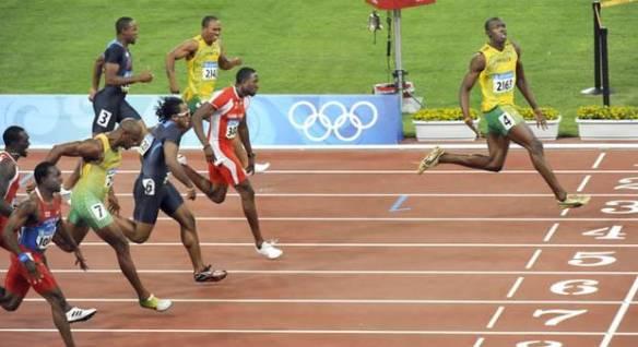 bolt wins 100m in bejing 2008 olymics