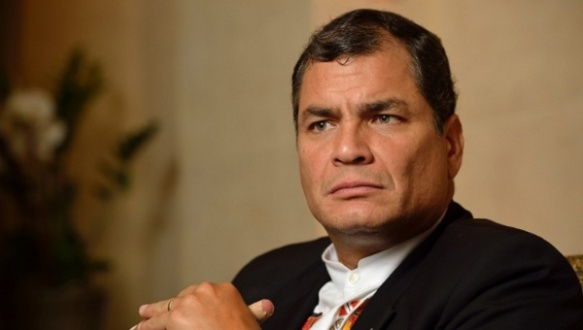 President Rafael Correa has spoken out against the bombings of national newspaper offices. | Photo: Reuters