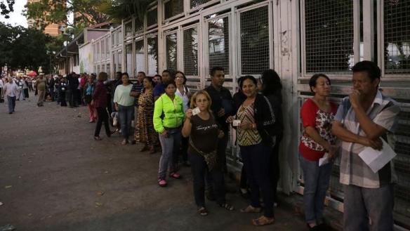 venezuelans vote 2015