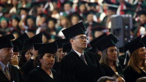 ecuador teachers graduate.jpg
