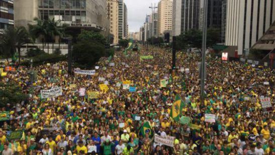brazil protest in avenida paulista.jpg