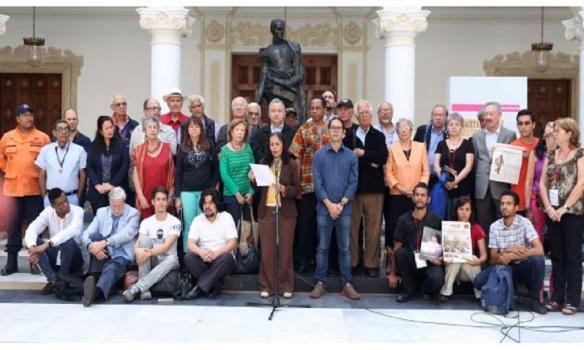 network of intellectuals meet in veezuela.jpg