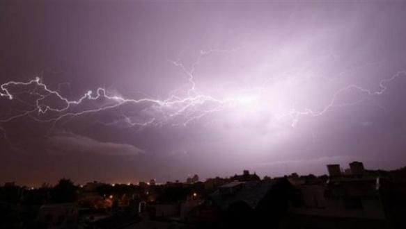 lightning in Cuba.jpg