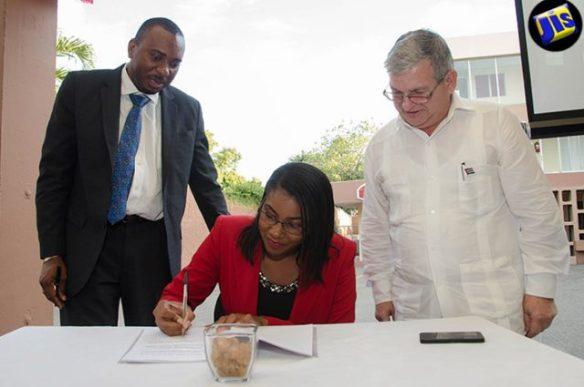 cuba awards medical scholarships to Jamaica 2016.jpg