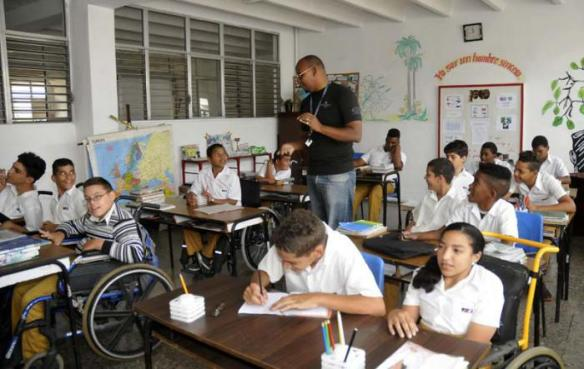 The Solidaridad con Panamá school.jpg