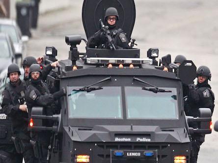 Obama prepares to reinforce.jpg