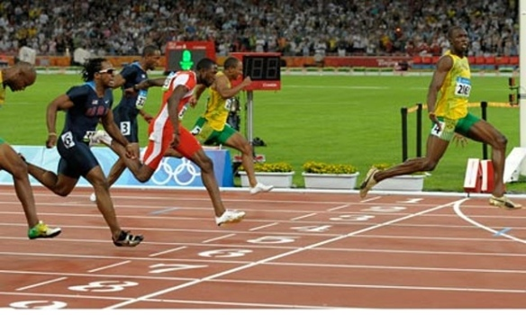 usain bolt win 100m at peking olympics.jpg