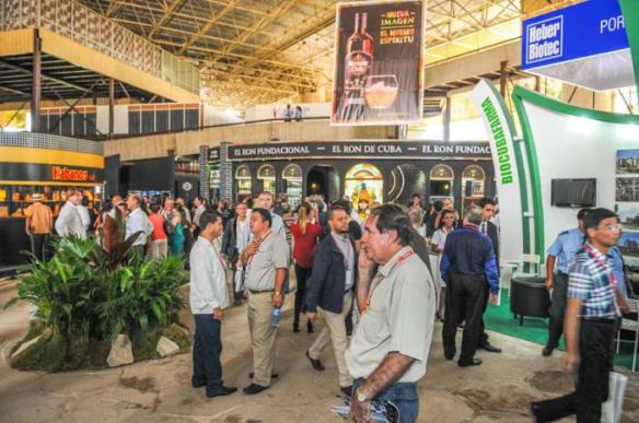 negotiations begin Havana Trade Fair 2016.jpg