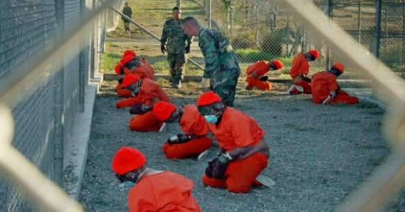 prisoners at guantanamo bay.jpg