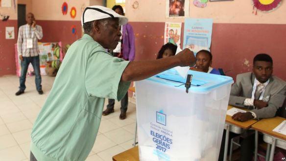 angola votes aug 2017 3.jpg