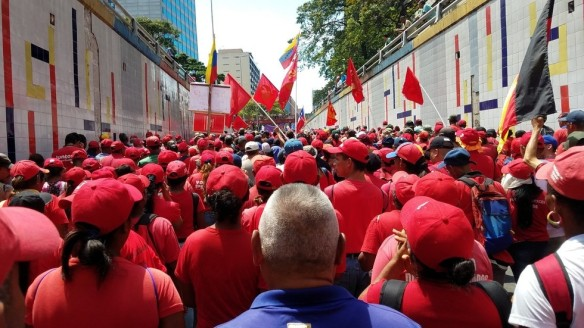 massive pro govt rally