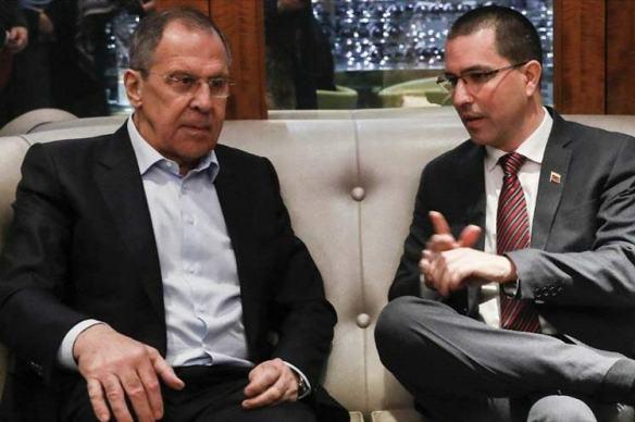 Lavrov y Arreaza.jpg